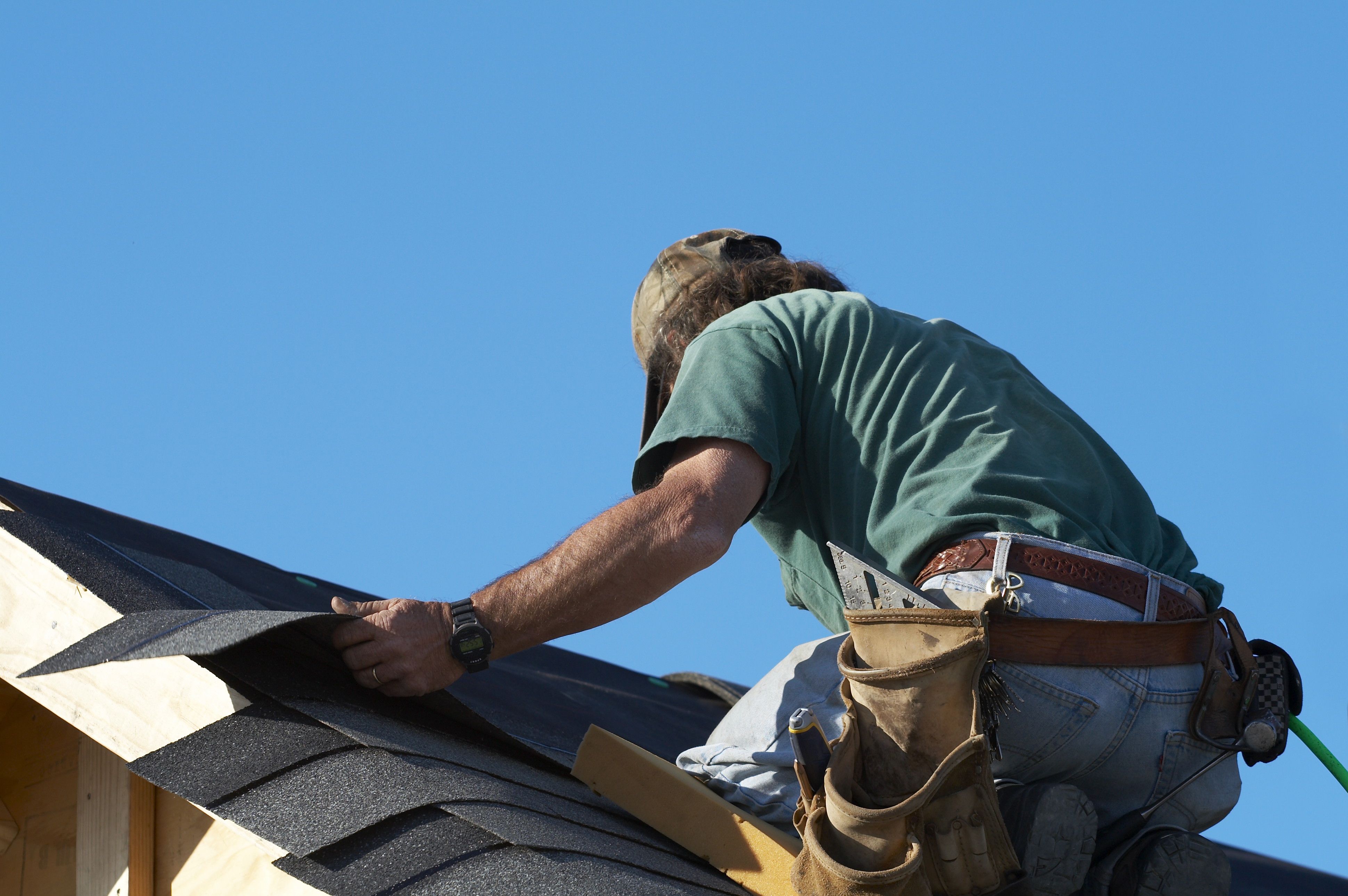 Advantages Of Using Clay Or Cement Tiles And Having A Reliable Roofer To Hire